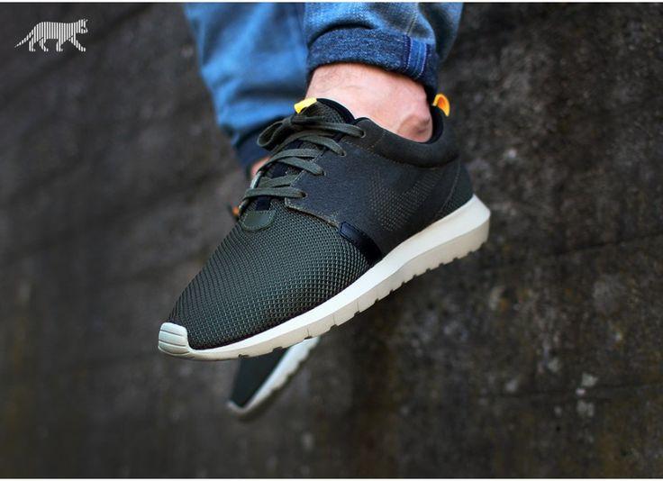 "Nike Roshe One NM FB ""Cargo Khaki"" - Buscar con Google | Sneakers |  Pinterest"
