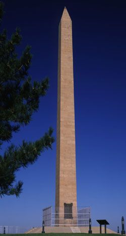 The Sergeant Floyd Monument, a National Historic Landmark, in Sioux City, Iowa - The Monument commemorates Sergeant Charles Floyd, Jr., the only member of the Corps of Discovery to die on the Lewis & Clark Expedition