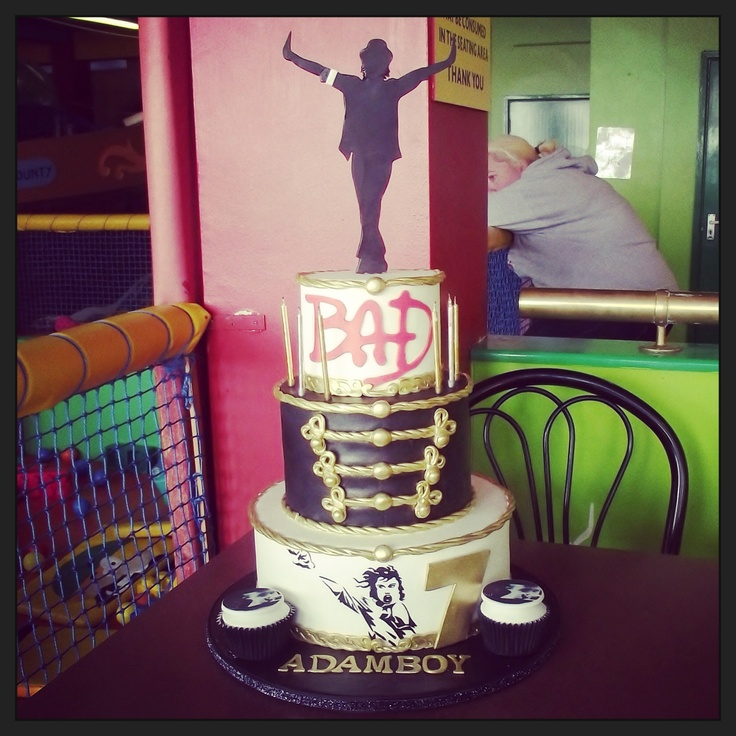 Hey mom... u uh see this cake can it be on the table on my birthday please ? hah