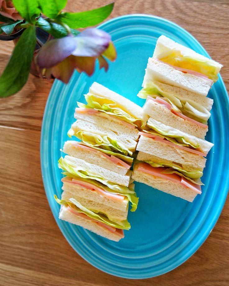 Twitterで話題の「安室さんのサンドイッチ」を知っていますか?4月16日に放送されたアニメ「名探偵コナン」の作中で紹介されたサンドイッチで、実際にレシピを再現する人が続出しているんです。作り方と、おいしく仕上げるコツをご紹介します!