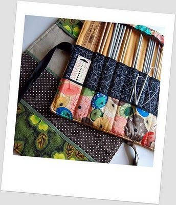 Knitting needle roll. Free pattern.