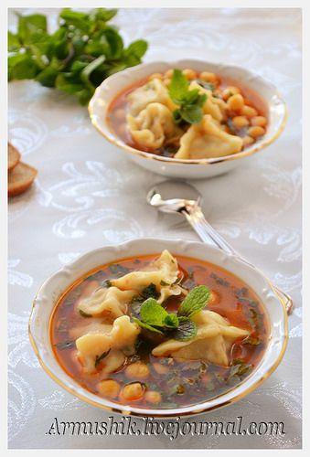 Суп из нута с пельмешками