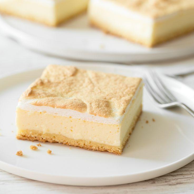 Heute gibt es einen ganz besonderen Käsekuchen - einen Käsekuchen mit Baiser. Einen Tränenkuchen. Oder eine Goldtröpfchentorte. Und zwar vom Blech.