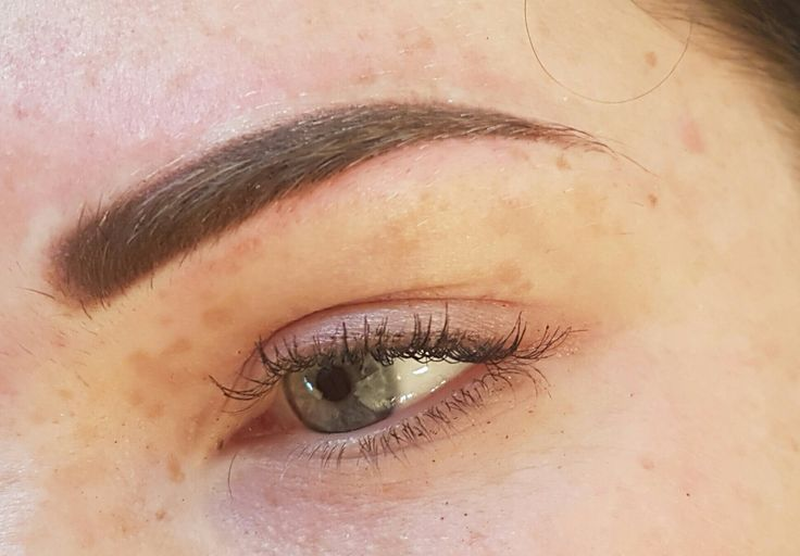 SLICK POWDER BROW TATTOO WITH FLUFFY FRONTS. Powder brows @covetbrows  #browmicropigmentation