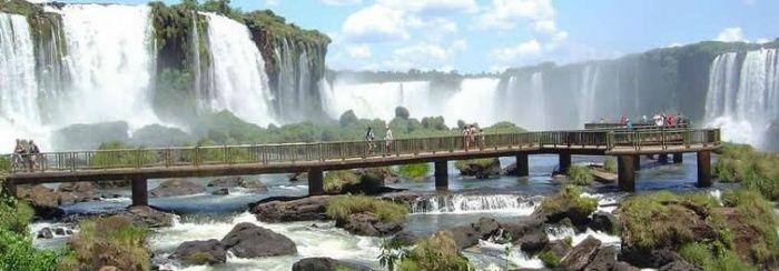 Hotéis de Salvador (BA) e de Foz do Iguaçu (PR) têm os preços mais baixos, segundo pesquisa :: Jacytan Melo Passagens
