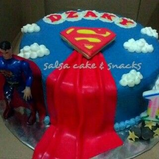 #birthdayparty #superman #supermanpartytheme #cake