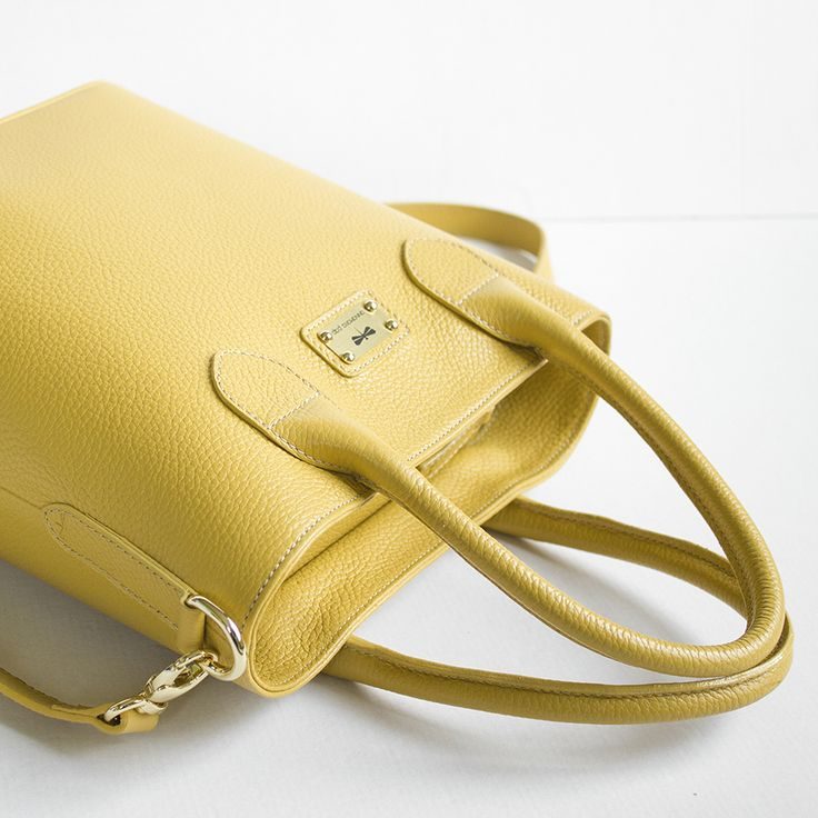 VITTORIA leather bag by Annamaria Pap