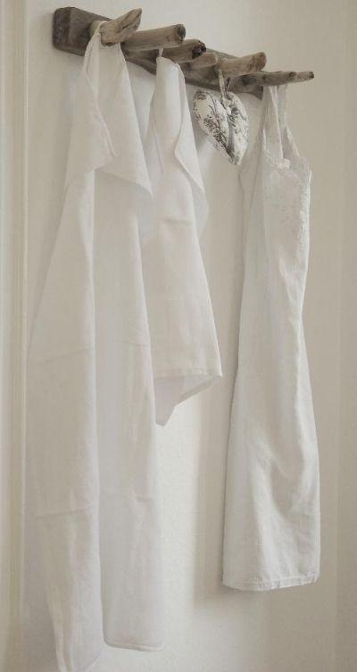 Handtuchhalter aus Treibholz.
