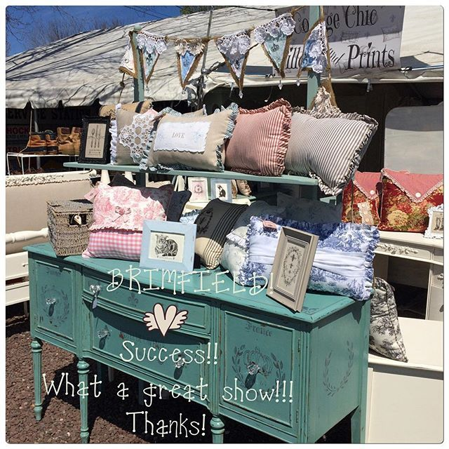 We're BRIMFIELD tired and #happy with yet another show come and gone!  We met amazing new customers, made new friends! You also sent us home with stacks of orders!  Thank you! #BRIMFIELD #brimfieldbrain #mustgettheordersdone