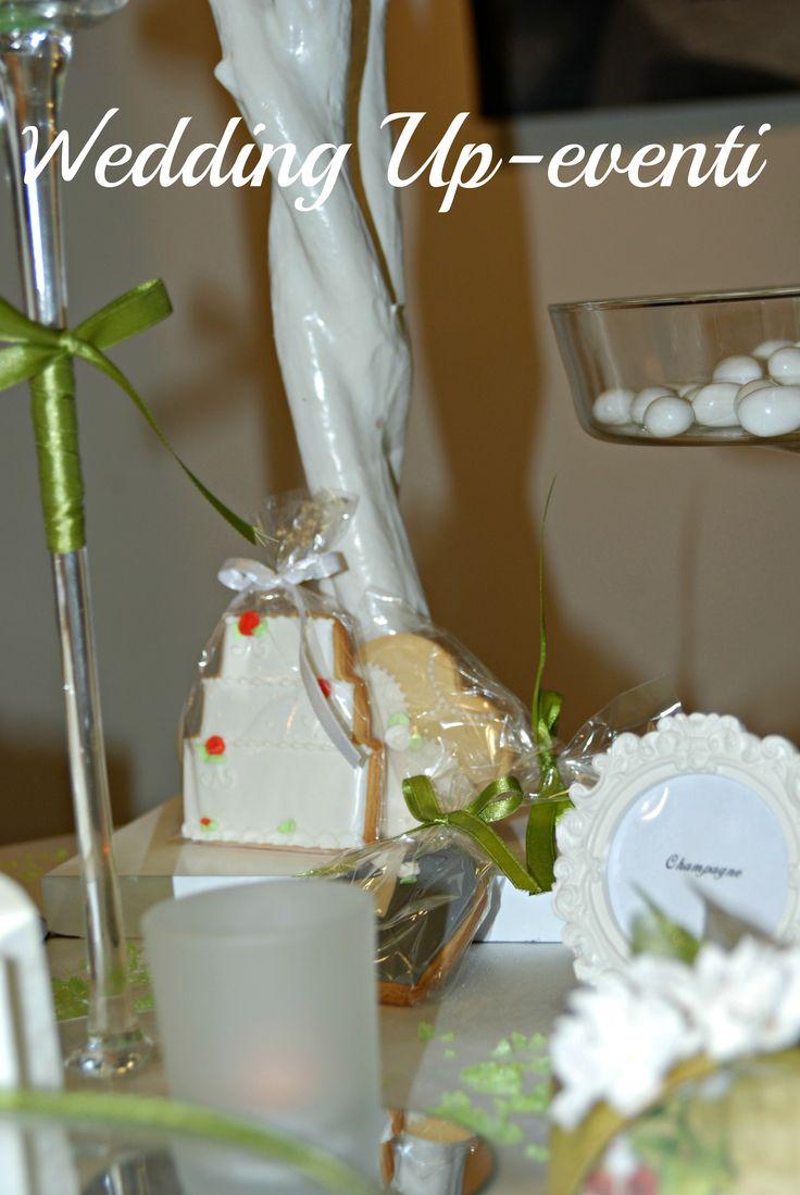 Segnaposto in pastafrolla e glassa, la wedding cake