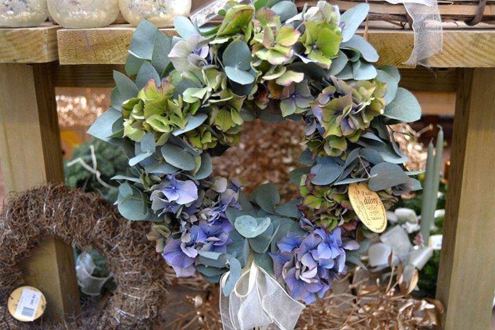 Věnec z hortenzie a eucalyptu 2015