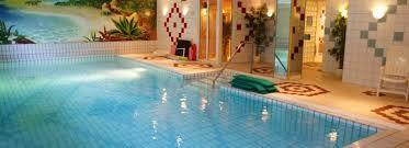 Afbeeldingsresultaat voor binnenzwembaden de luxe