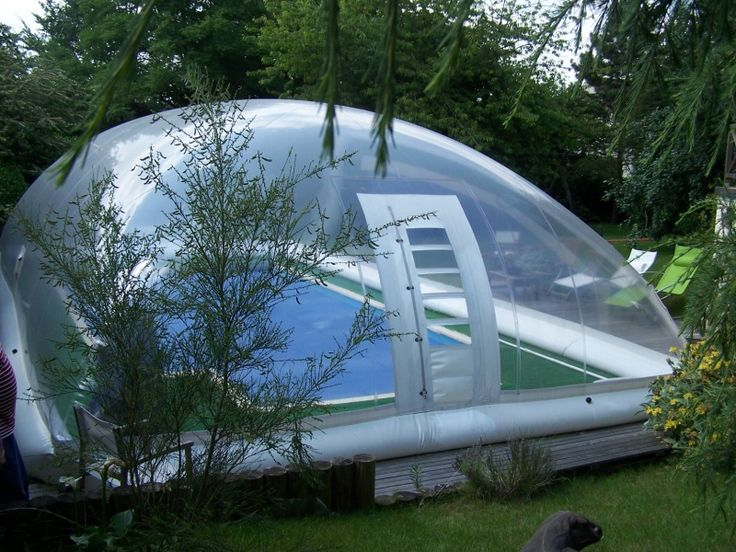122 best images about piscine accessoires on pinterest for Bar flottant pour piscine