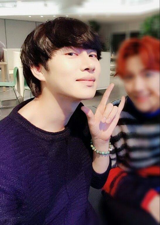 Heechul - SJ 161103   cr.hxxnim update Instagram