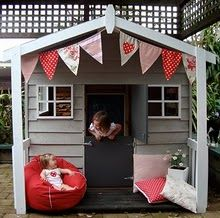playhouse. Looks doable. Need to think of a way to add on to ours.
