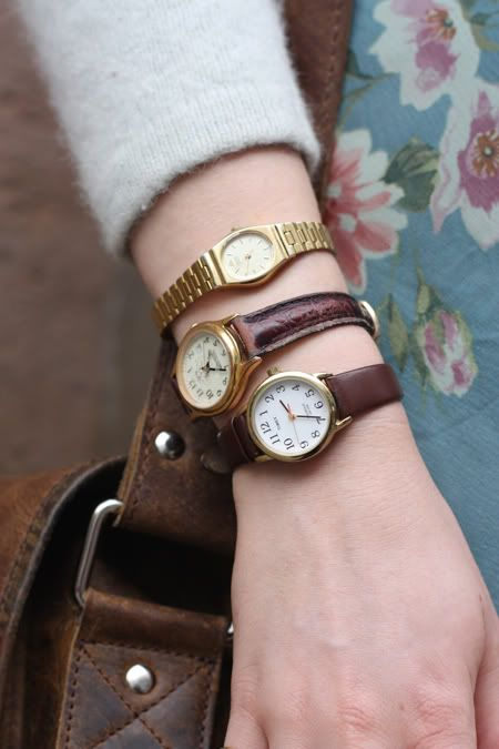 I used to wear watches like this. It was funny to see people's reactions!