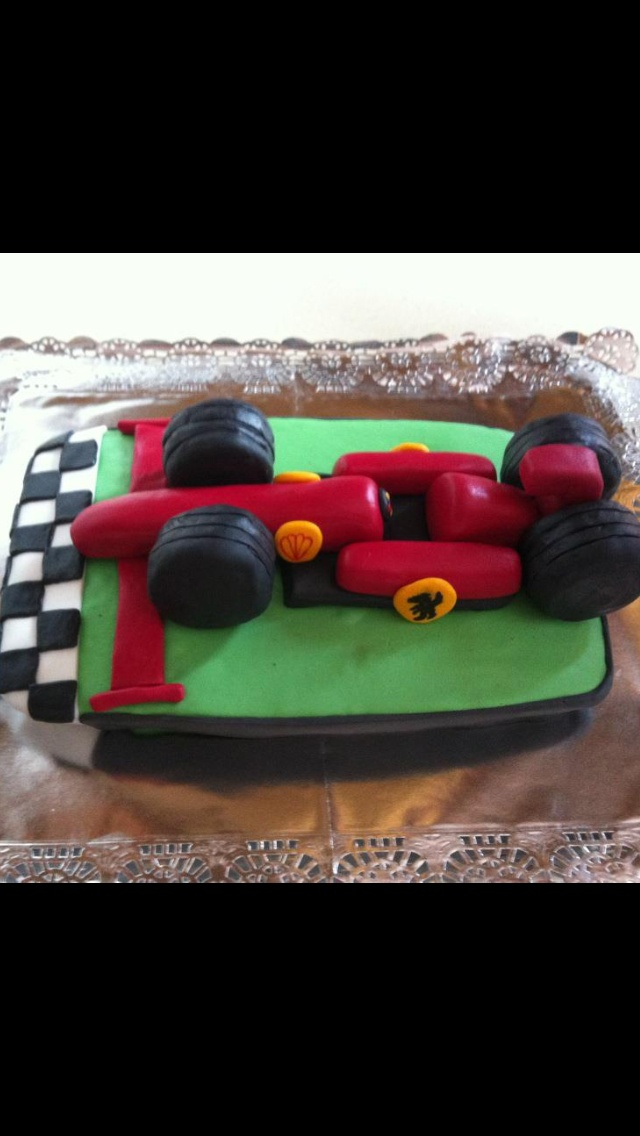 Tarta coche Ferrary/Ferrary car cake