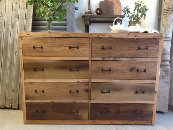 DIY wooden pallet dresser with 8 drawer