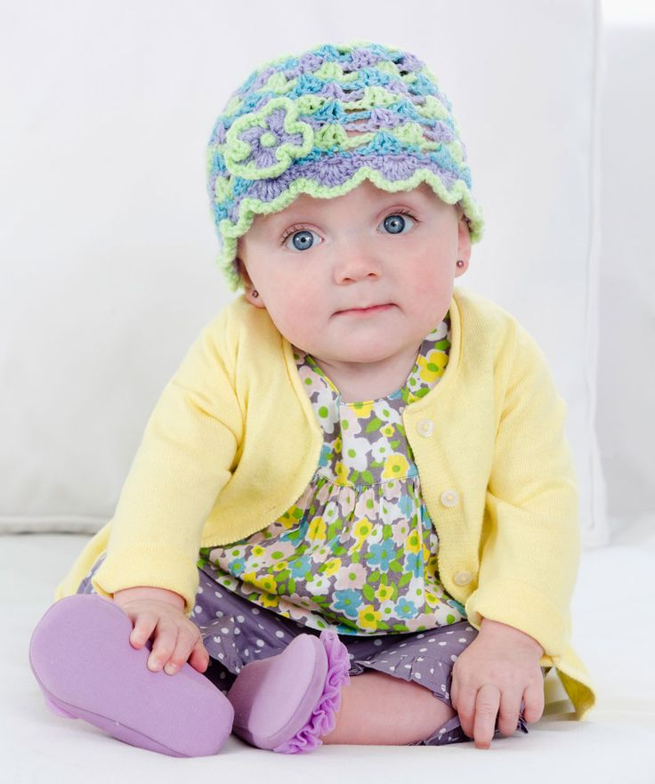 It's never too early to add some style to her life! This adorable cap is so easy and quick to make, she could have a whole wardrobe of them to match every outfit.: Hats Patterns, Adorable Cap, Ruffles Posi, Free Pattern, Hats Crochet Patterns, Crochet Baby Hats, Crochet Hats, Red Heart, Posi Hats