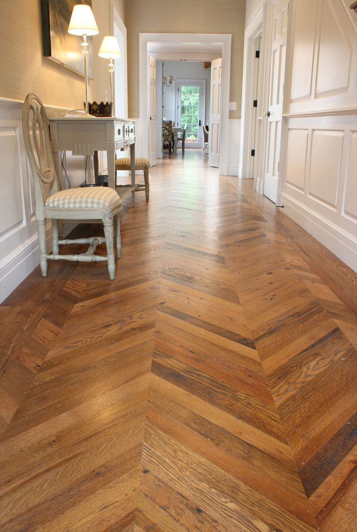 Love this beautiful reclaimed wood chevron patterned floor!  Reclaimed Antique American Oak Flooring