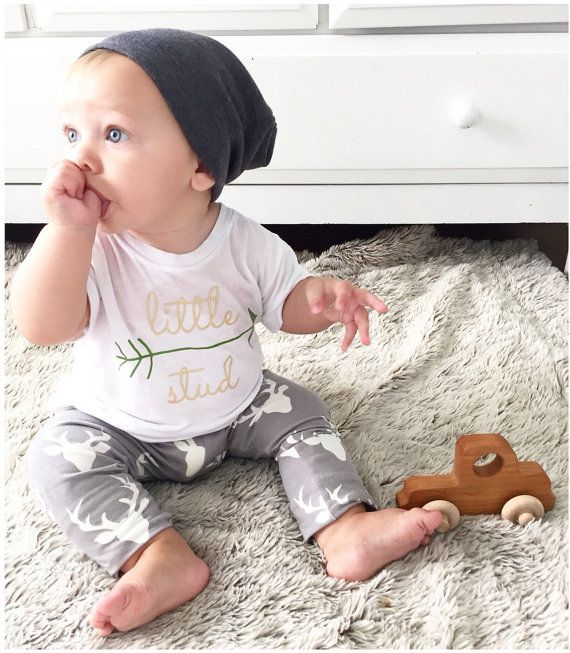 LITTLE STUD Arrow Kids Graphic TShirt. Little Beans Clothing @littlebeans_co Hipster baby. Baby tee. Baby boy clothing.