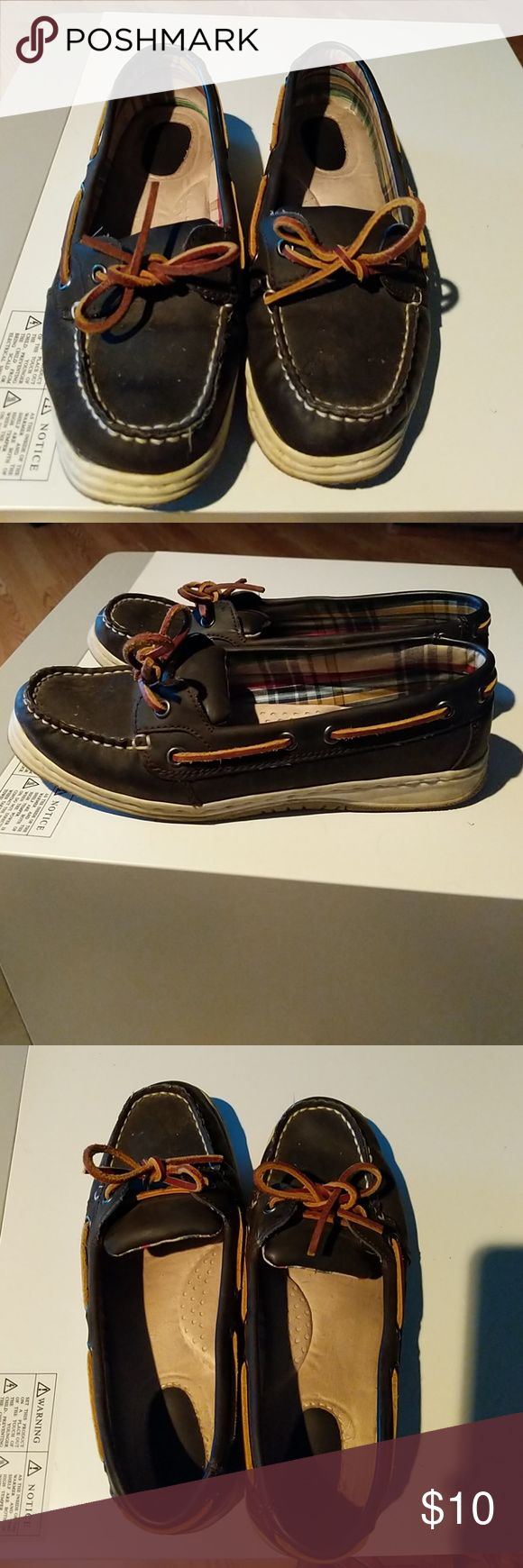 Used boat shoes These have been worn but still in good shape Bass Shoes Moccasins