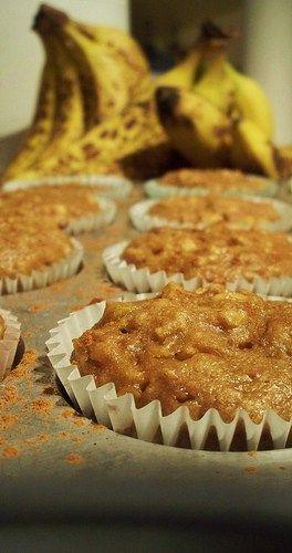 Heathy Banana Apple Muffins