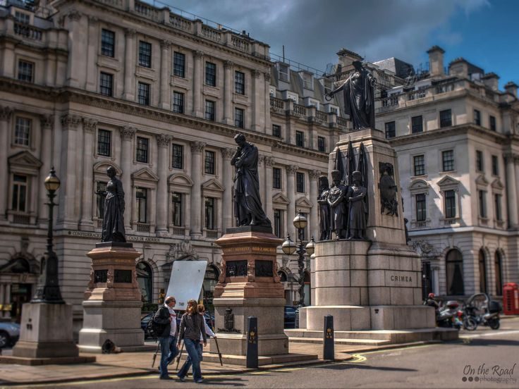 Today we're admiring the intricate Crimean War Memorial in Waterloo Place, London. This monument commemorates the Allied victory in the Crimean War of 1853–56.