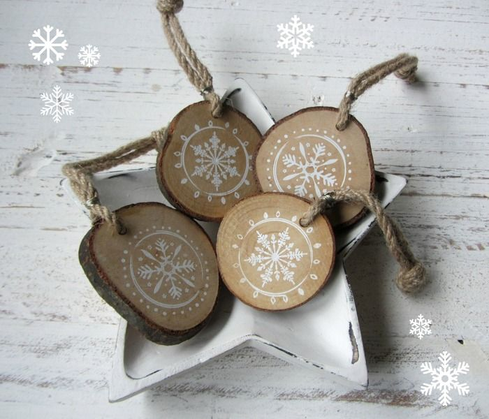 Die besten 25 holzscheiben ideen auf pinterest wood photo transfer weihnachtsgeschenke - Basteln mit baumscheiben weihnachten ...