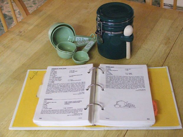 How to Make Your Own Cookbook at Home