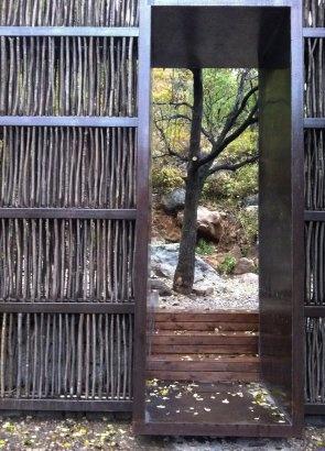I love this idea for a modern-organic garden fence or lattice!