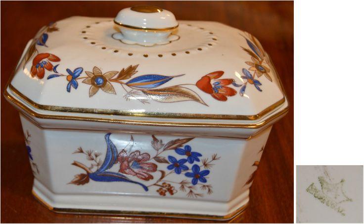 Mercado Antigo | Caixa de jóias em porcelana da ARTIBUS com decoração Imari.