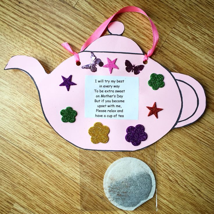 nice idea for mother 39 s day tea pot complete with tea bag and poem pre k mothers day crafts. Black Bedroom Furniture Sets. Home Design Ideas