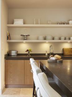 25 beste idee n over zwevende planken keuken op pinterest open planken zwarte wastafel en - Plank keuken opslag ...