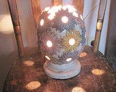 Vintage Estate Find Ceramic Flower Power Daisy Egg Shaped Mood Lamp Nite Light Works