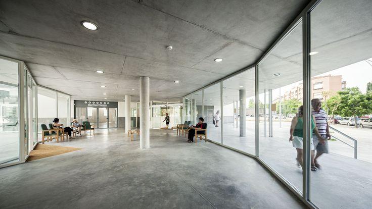 Gallery of 114 Public Housing Units / Sauquet Arquitectes i Associats - 11