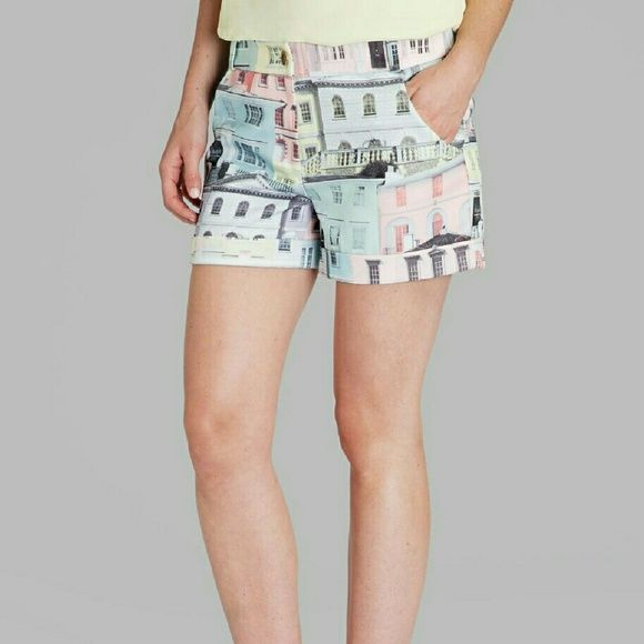 Ted Baker house shorts Super cute and stylish shorts.  Very comfortable. Ted Baker 3=US women's 8 Ted Baker Shorts Bermudas