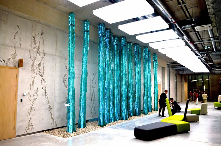 @ernestvitin entirely hand made layered glass architectural installation. 22 tonns heavy, more than 5m high.