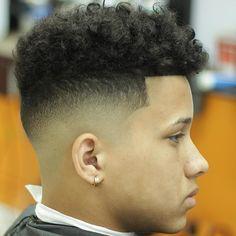 Haircut by juanmisa7 http://ift.tt/1PR8UKp #menshair #menshairstyles #menshaircuts #hairstylesformen #coolhaircuts #coolhairstyles #haircuts #hairstyles #barbers