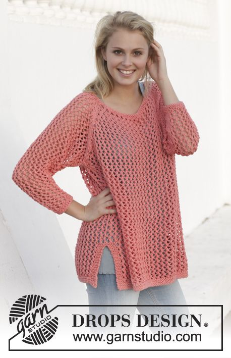 """Long Beach - Knitted DROPS jumper with lace pattern, worked top down in """"Paris"""". Size: S - XXXL. - Free pattern by DROPS Design"""