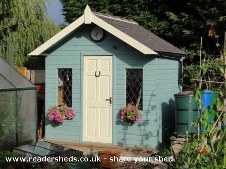Mark's Folly is an entrant for Shed of the year 2012 via @readersheds |Pinned from PinTo for iPad|
