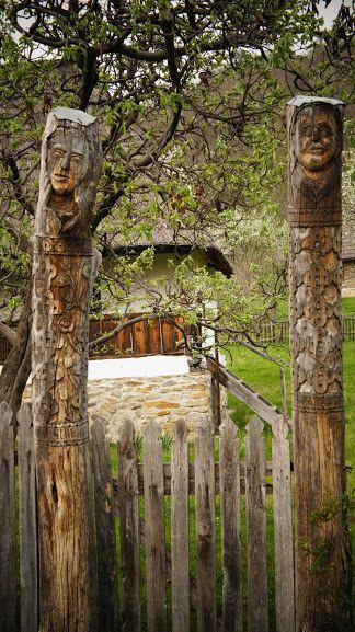 Bujoreni-muzeul satului din Valcea