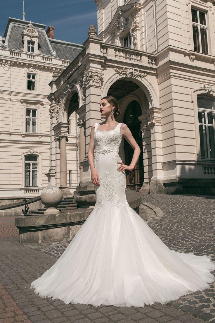 deLux Collection Weddding Dress Maxima Bridal  63.16