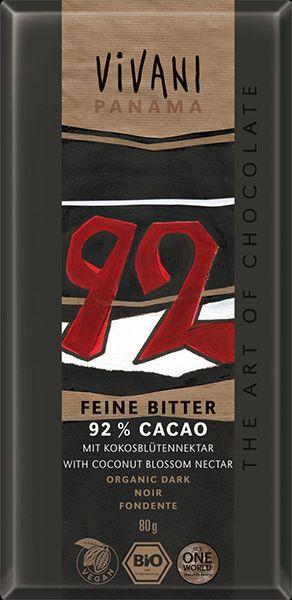 Vivani Panama 92% Cacao with Coconut Blossom Nectar... Μαύρη σοκολάτα 92% κακάο από τον Παναμά με ζάχαρη καρύδας. Εντονο γλυκό άρωμα κακάο. Νόστιμη ήπια γεύση κακάο με μία ήπια ξεχωριστή γλυκύτητα από την ζάχαρη καρύδας. Μία τρυφερή μαύρη σοκολάτα. Ελαφρώς βουτυρένια υφή. Αφήνει στο τέλος μία απαλή γεύση κακάο, όχι έντονα καβουρδισμένου.