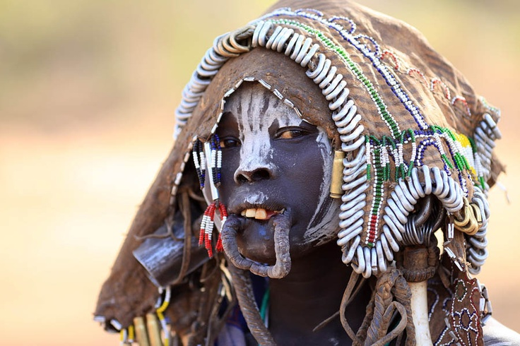 41 best images about faces of the sudan on pinterest sudan flag natural fashion and language. Black Bedroom Furniture Sets. Home Design Ideas