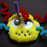 Lots of playdough activities and ideas: Green Mama, Not So Scary Play Dough, Art, Kids Crafts, Playdough Activities, Plays, Playdough Ideas, Play Doh, Play Dough Monsters