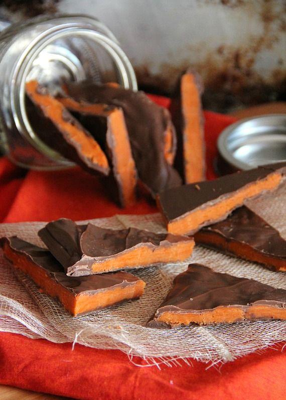 Homemade Butterfinger Bark. next thing to make.