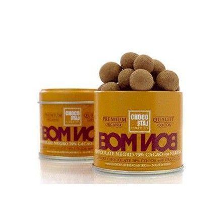 En la tienda online de productos gourmet y delicatessen vendemos estos deliciosos bombones de chocolate negro, elaborados con cacao, azúcar de caña, naranja, bergamota y lecitina.