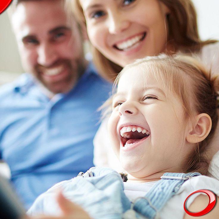 Te deseamos un domingo tan brillante como una bella sonrisa  ........................................................................................ Concierta YA tu consulta SIN NINGÚN COMPROMISO: > http://www.pnid.es/landing.html http://www.pnid.es/ #dentista#implantes#sonrisa#clínica#salud#saludable #calidaddevida
