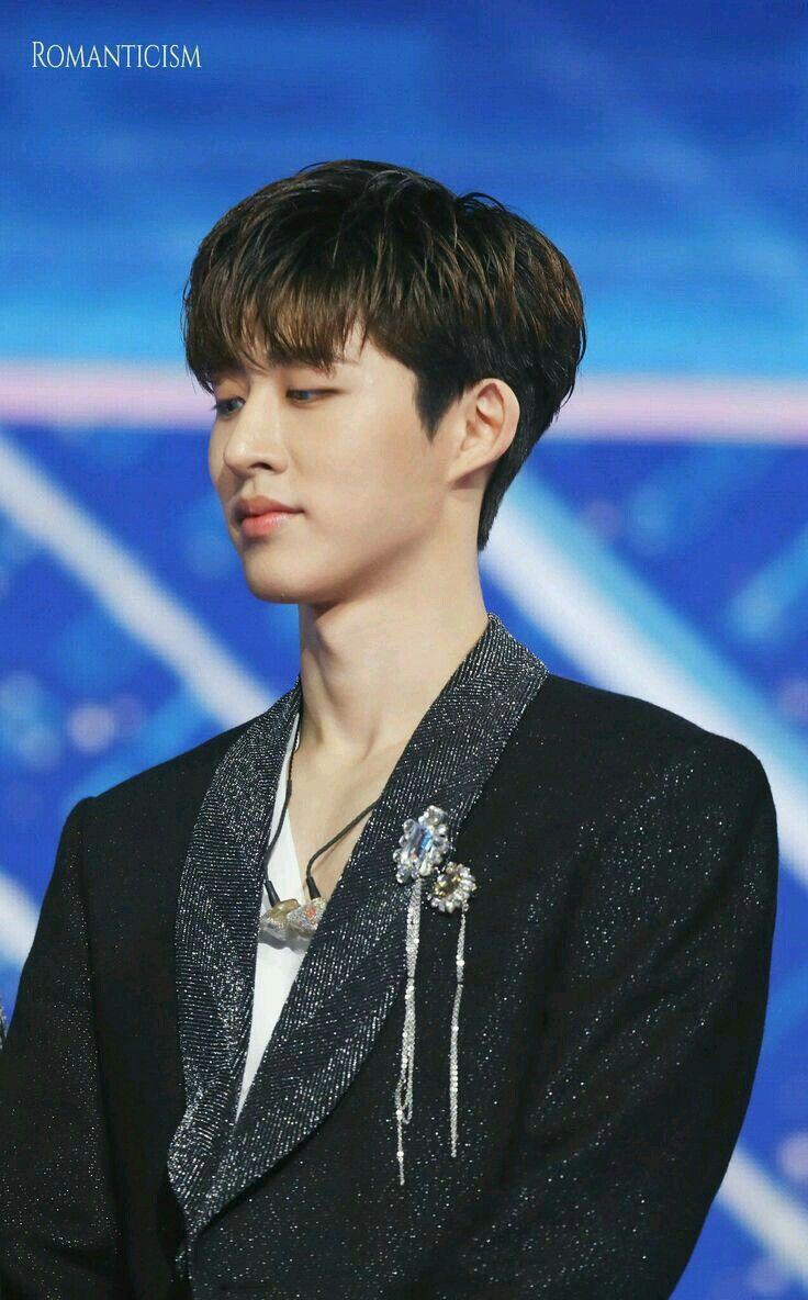 Pin By Kpop Idol On B I Ikon In 2020 Ikon Kpop Ikon Hanbin